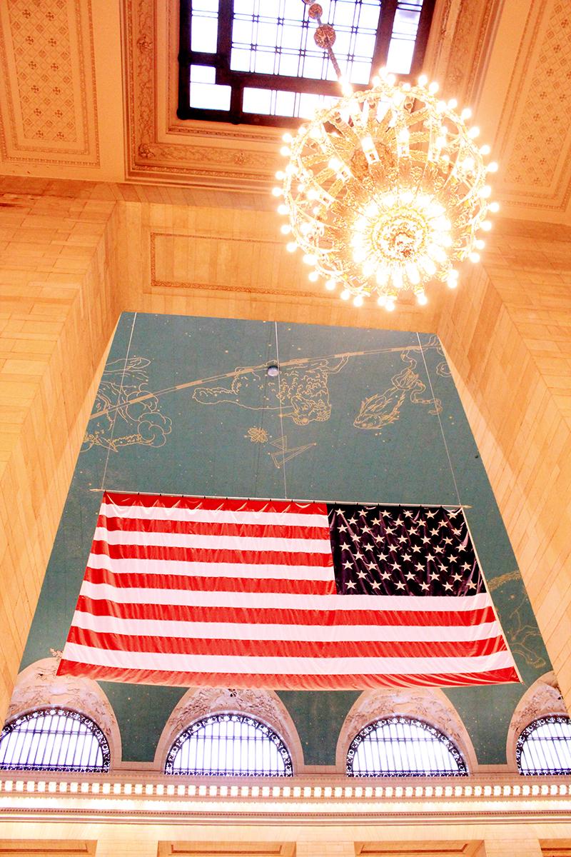 Manhattan - American flag