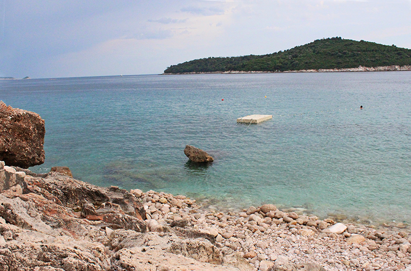 Tanning in Dubrovnik - Rock beach
