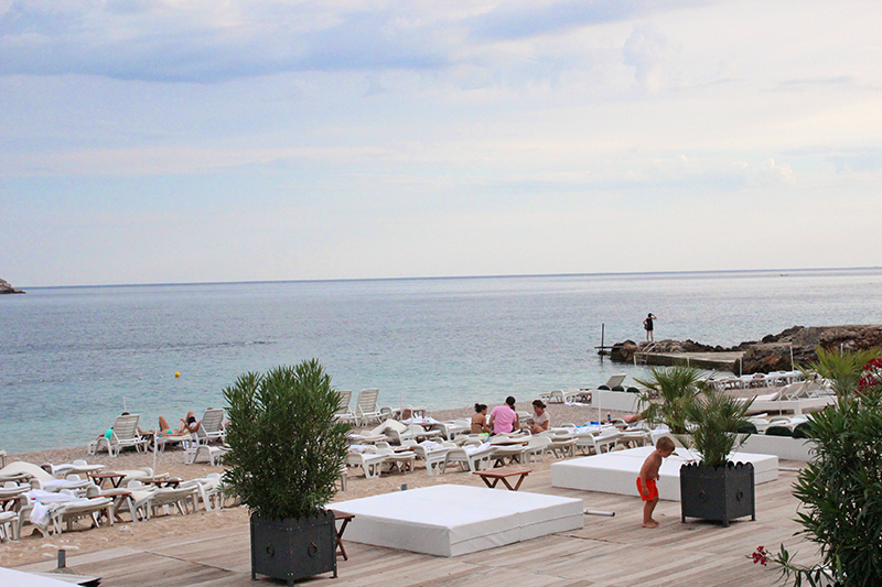 Tanning in Dubrovnik - EastWest Beach Club 3