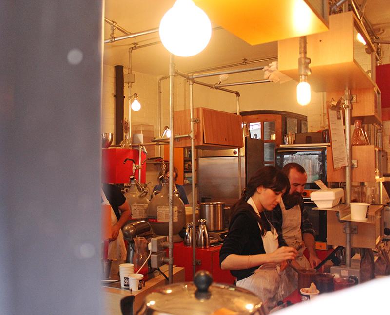 Chin Chin Labs Nitrogen Ice-cream - Preparation Ice cream