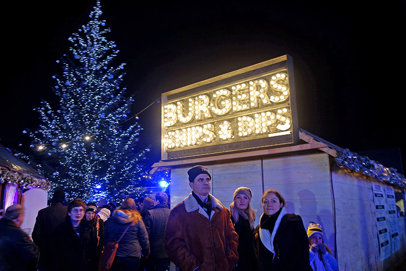 Winter Wonderland 2014 - Burgers chips and dips