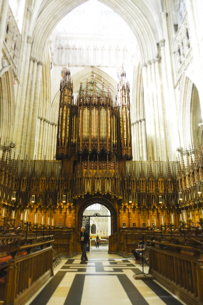 The Lights of York Minster - Inside the conclave