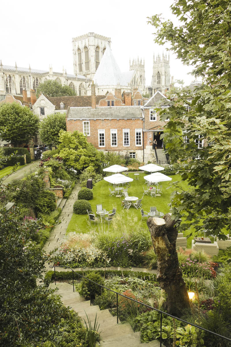 Best View of York - Wedding Back